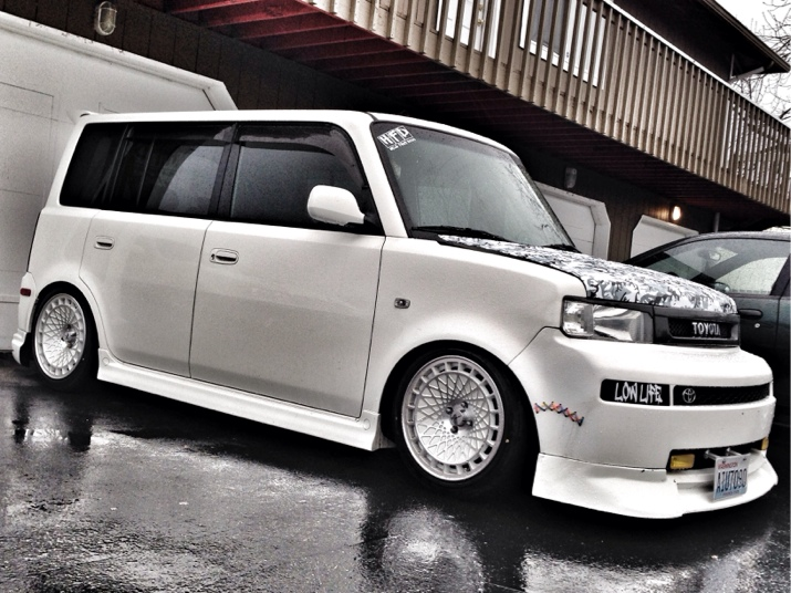2006 Scion Xb Mad Panda